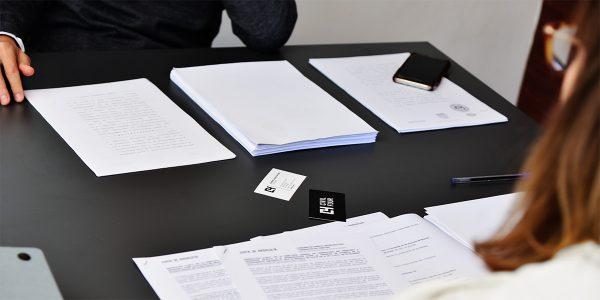 términos procesales y administrativos